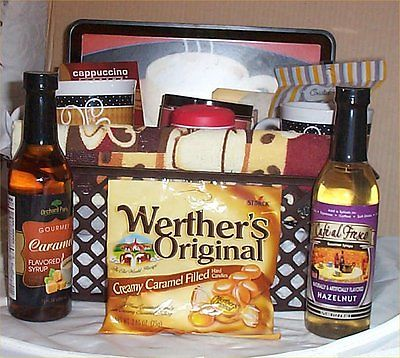 Deluxe Coffee Gift Basket Tray 2 Mugs Candy Towel Creme Syrup Hot Chocolate