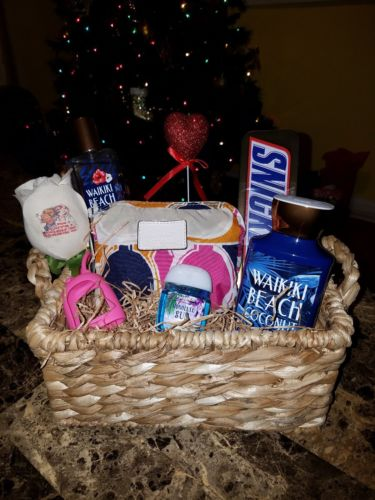 Women's Valentine's Gift Basket w/ Coach bag & Bath & Body Works