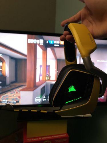 Corsair Void Pro Wireless Yellow Headband Headsets for PC