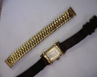 VINTAGE REXTON 10K GOLD FILLED 17 JEWEL MAN'S WRISTWATCH SWISS RUNS GREAT