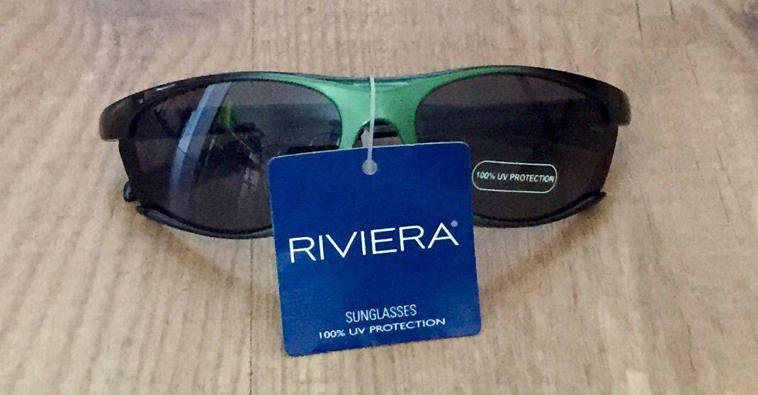 NWT RIVIERA SUNGLASSES 100% UV PROTECTION CHILDREN