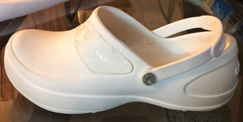 Crocs White with Silver Trim Clog Moc Back Strap Womens Size 10