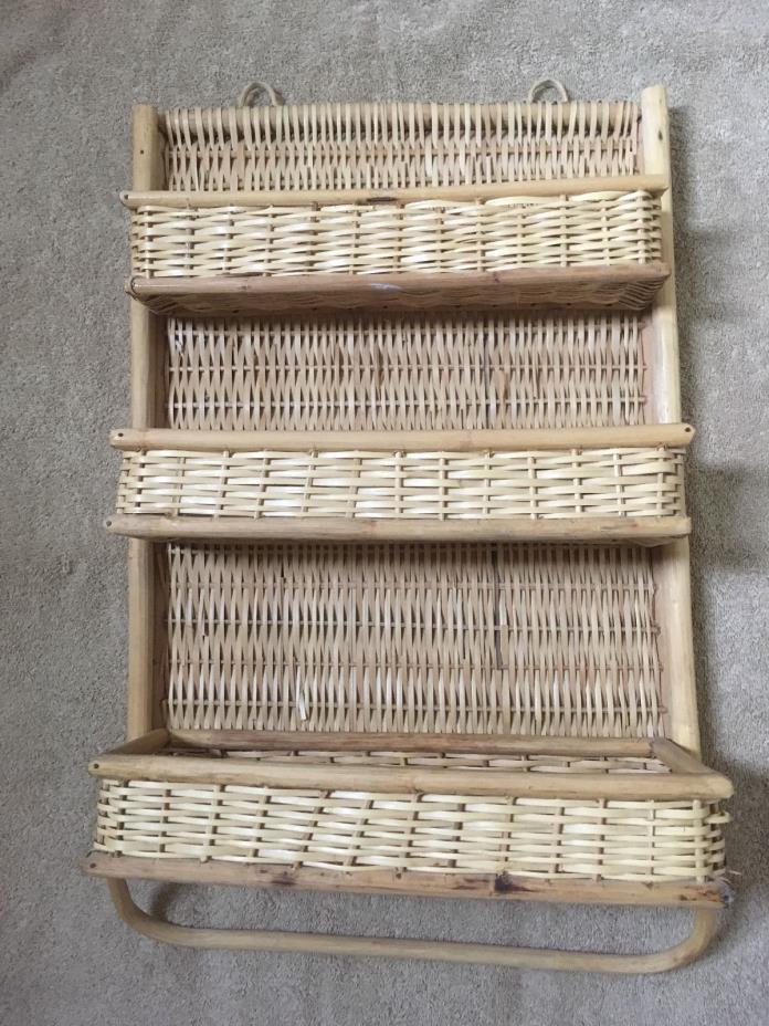 Vintage Wicker Rattan Bamboo Mail/Bill/Key Holder/ Wall Hanging Organizer