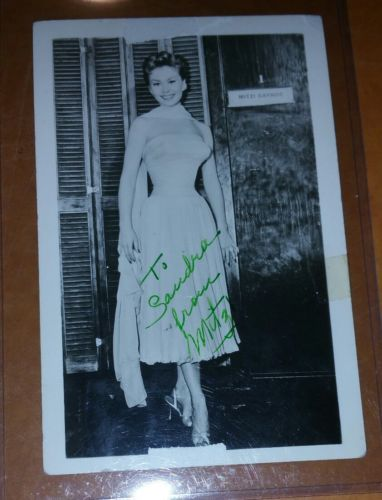 1956 MITZI GAYNOR CELEBRITY AUTOGRAPH PHOTO HOLLYWOOD GOLDEN ERA GORGEOUS