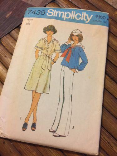 Vintage Simplicity 7439 Salilor Dress or Top 1976 Petite Misses Size 6 Cut