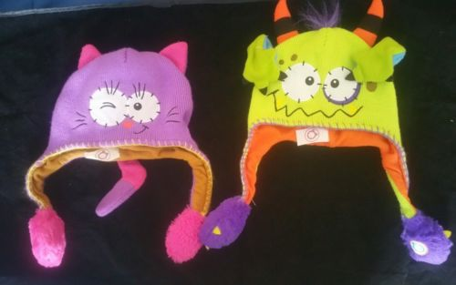 2 Flipeez  As Seen On TV Squeeze Green Monster Purple Cat Winter Snow Hats