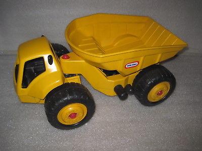 HTF Vintage Little Tikes Rugged Dump Truck  Construction Vehicle