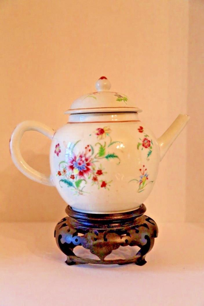 Antique Chinese Porcelin teapot from 1760