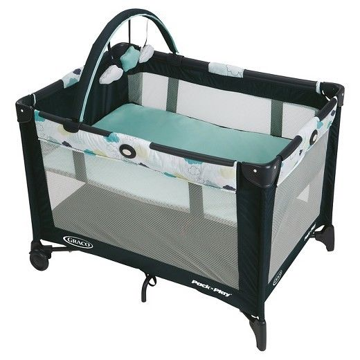 Graco Pack 'n Play Playard On The Go - Stratus™ Collection