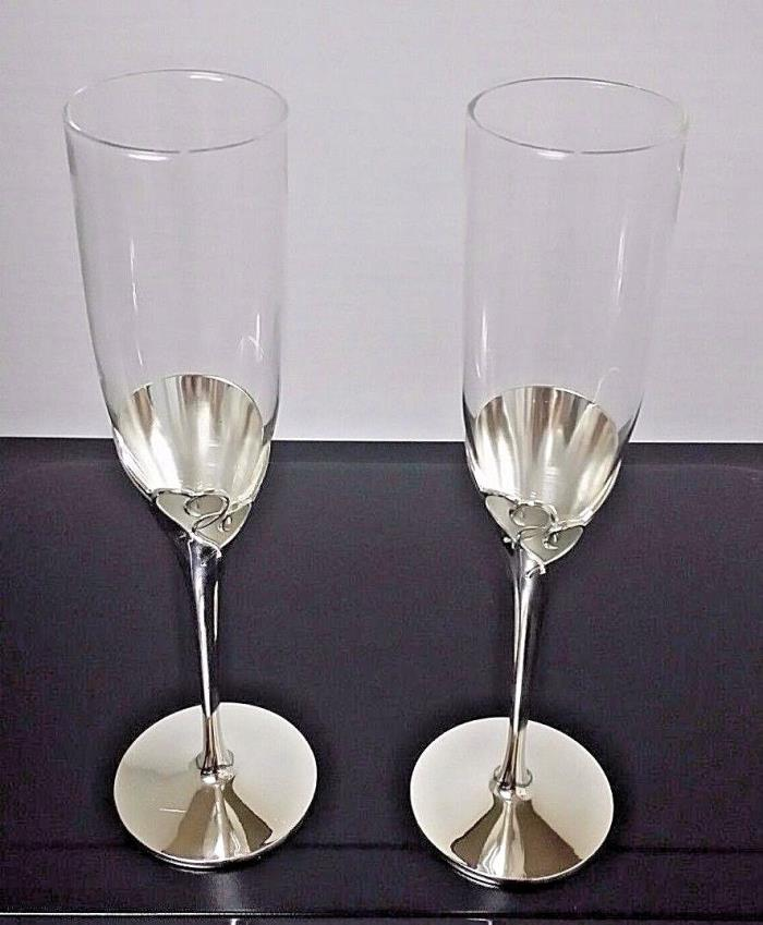 Glass Flute Pair Toasting True Love Wedding Party Champagne Flutes Glasses Heart