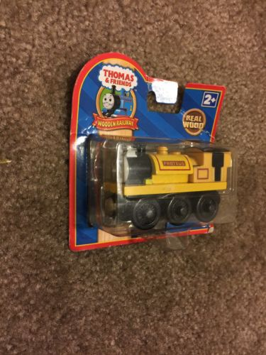 THOMAS THE TANK TRAIN-WOODEN PROTEUS YELLOW LABEL 2009 NEW IN BOX but need...