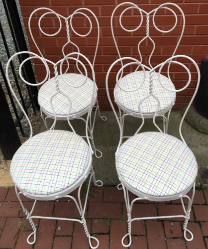 Set Of 4 Vintage White Twisted Metal Ice Cream Parlor Chairs Bistro Chairs