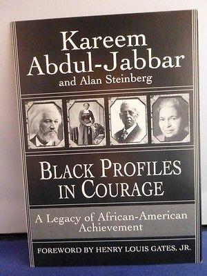 Kareem Abdul-Jabbar Signed Black Profiles in Courage 5 x 7 Card with COA