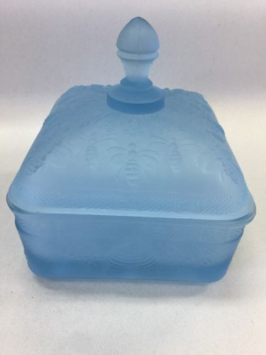 Indiana Glass / Tiara Powder Blue Honey Bee & Hives Candy Dish / Box with Lid