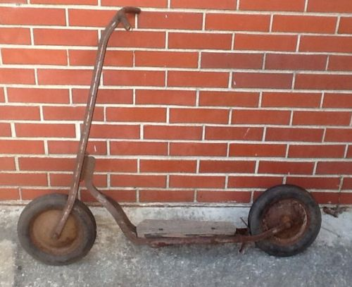 LQQK VINTAGE 1940S AUTO WHEEL SCOOTER FROM COASTER COMPANY GREAT BARN FIND
