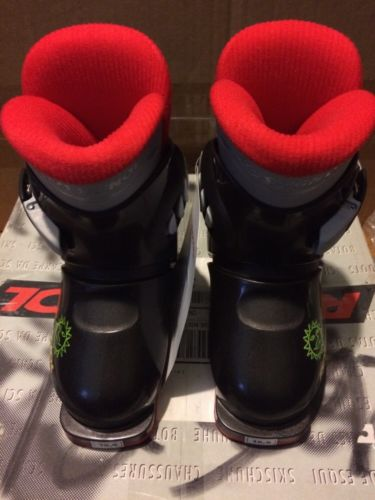 NEW! Rossignol Ski Boots!! Kids Size 8.5 US! Free Shipping!