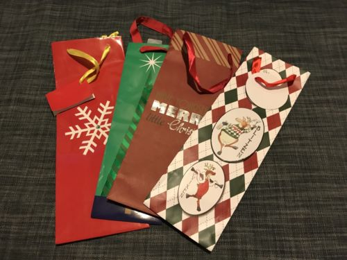 Lot of 12  Christmas Christmas/Holiday wine bags