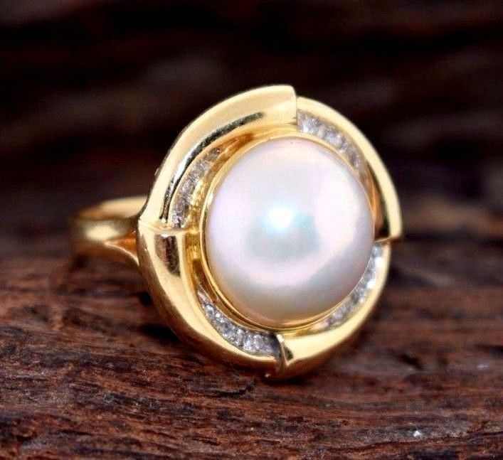 585 14K Mabe Pearl and Diamonds Yellow Gold Ring
