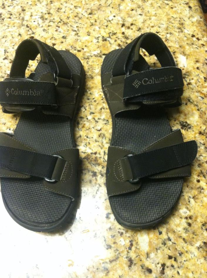 Columbia men's size 11 sandals green black pre-owned used walking straps beach