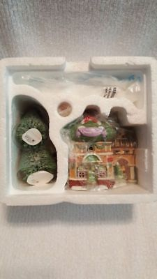 NEW Department 56 North Pole Collection Beauty Shoppe Lighted Christmas Decor