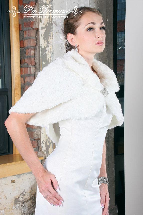 NEW Faux Fur Shawl Wedding Wrap Dress Jacket Bolero - White/Ivory/Off-White