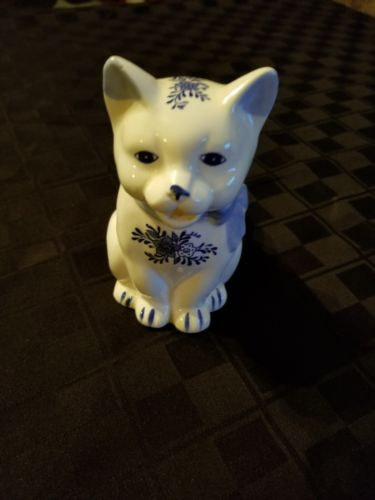 Small Porcelain Cat Pitcher