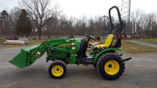 2011 John Deere 2320 Compact Loader Tractor