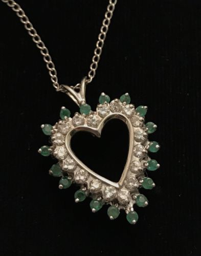 14k White Gold Heart Neacklace With Emeralds And Diamonds