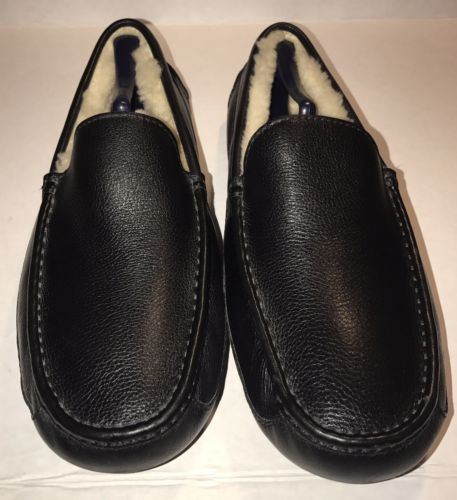 UGG Australia Black Leather Slip On Moccasin Slippers Mens 13