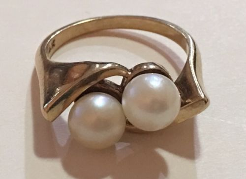 Vintage 14k Yellow Gold Double Pearl Ring