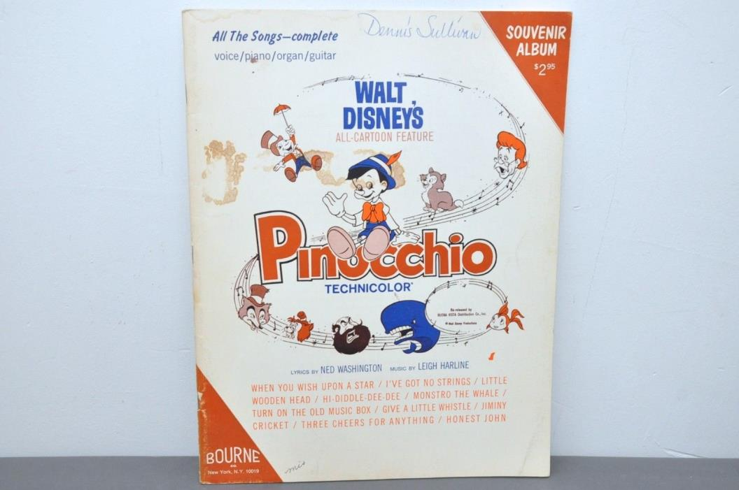 Souvenir Album Walt Disney's Pinocchio Vocal/Piano/Organ/Guitar Sheet Music 1945