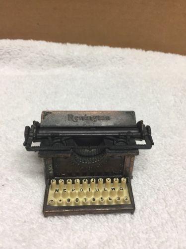 Vintage Remington Typewriter Metal Die Cast Pencil Sharpener