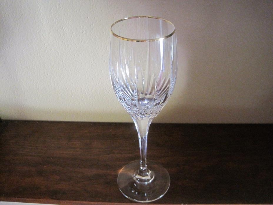 7 oz. Mikasa Golden Lights Crystal Wine Glass