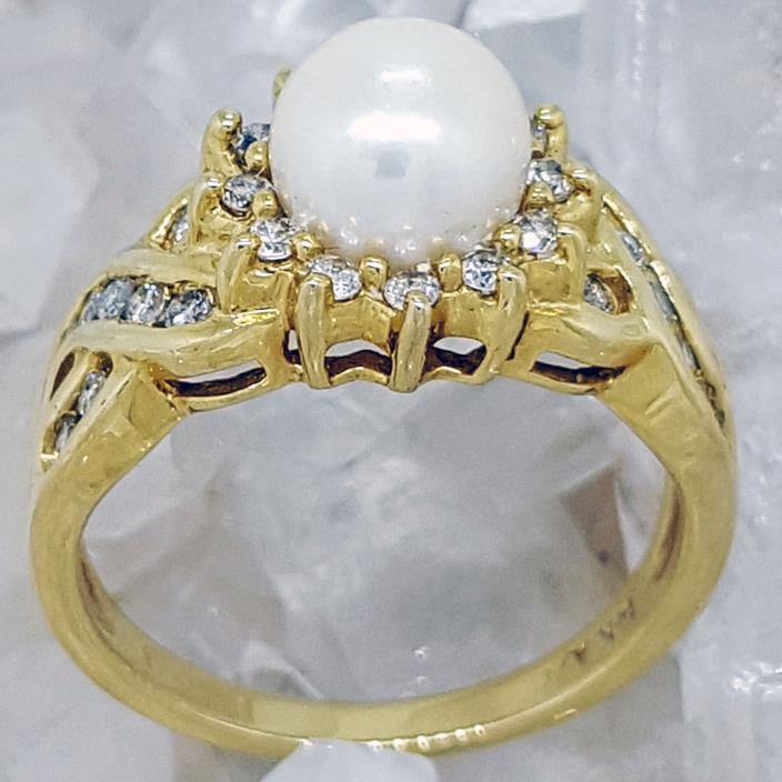 Vintage 14k Yellow Gold Pearl and Diamond Ring