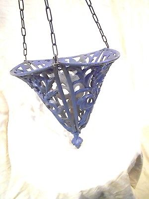 Cast Iron Hanging Basket L=15