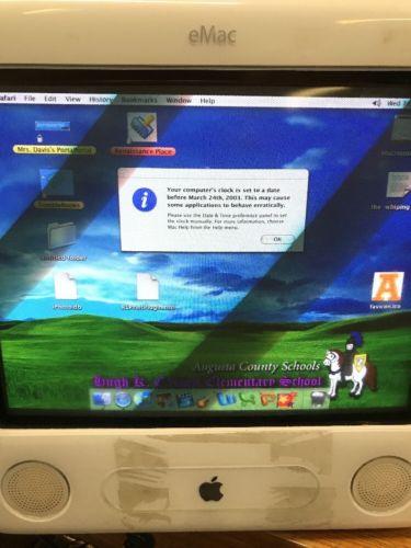 Apple eMac A1002 Desktop Computer