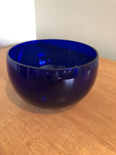 Beautiful Dark Cobalt Blue Cereal or Soup Bowl Glass