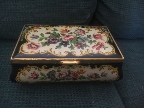 Tin Jewelry Box- VINTAGE! - Made In Holland!
