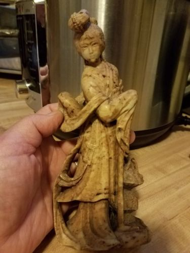 Antique jade Chinese figurines Statue