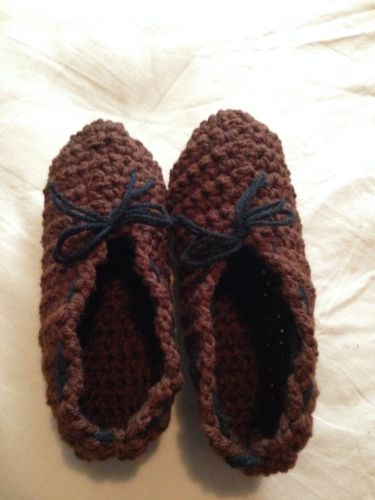 NWOT Mens (Brown) Handmade Crochet Slippers Size 9-10