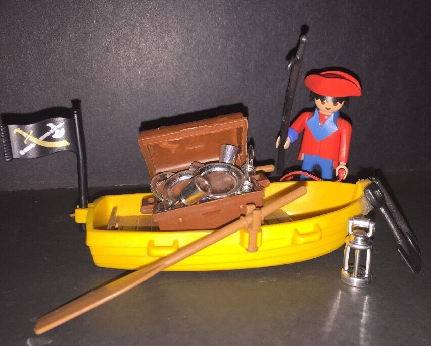 Vintage Playmobil Klicky 3570 Pirate Yellow Boat Treasure Chest Silver Map 1974