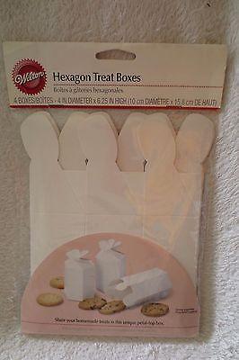 Wilton Hexagon Treat Boxes White 4 ct  415-105