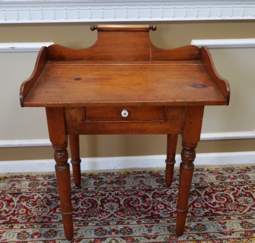 Antique 19th Century American Pine Single Drawer Wash Stand Table c1880