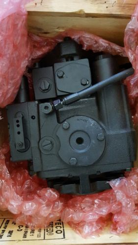 VIBROMAX CNH HYDRAULIC PUMP MDL 4029/67240 CASE MODELS 1102D AND 1102PD