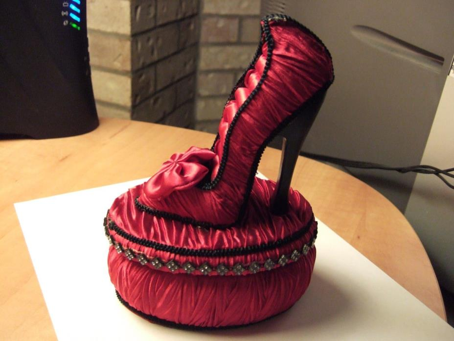 Jewelry Box Lady's Shoe Motif Ring & Jewelry Holder Collectible