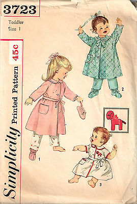 Vintage PATTERN Toddler ROBE & BOOTIES Size 1 Simplicity 3723