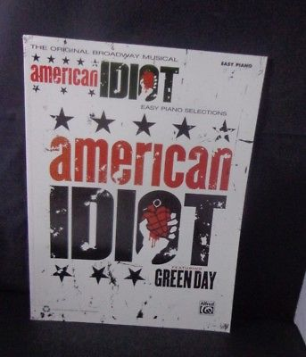 *   GREEN DAY 'AMERICAN IDIOT-BROADWAY-easy piano  gUITAR-VOCAL SONGBOOKS-18 PCS