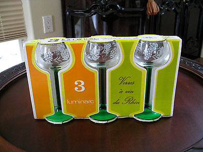 Vintage Set of 3 Green Stem Etched Wine Glasses Luminarc France