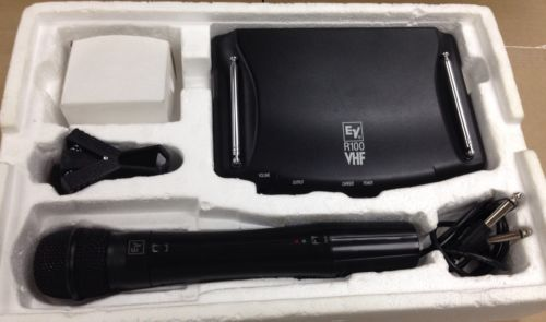 Handheld VHF Wireless Microphone System