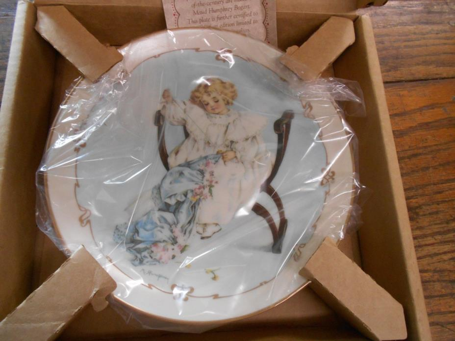 1989 Hamilton Little Ladies The Seamstress plate little girl sewing clothes NOS
